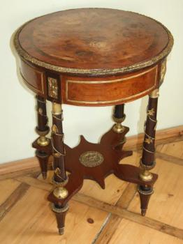 Small Table - solid wood, burr wood - 1820
